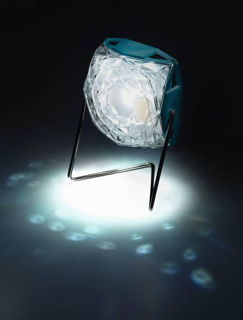 01_Little Sun Diamond_sparkle_credit Jens Ziehe